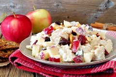 Chicken Salad with Walnuts and Apples