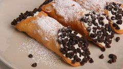 Italian Chocolate Cannolis