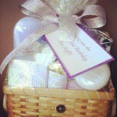 Gimme That Honey Love Gift Set