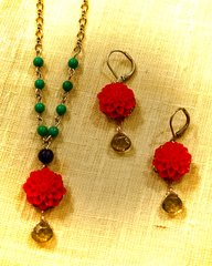 Red Zinnia Necklace