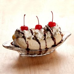 Relish / Banana Split Dish