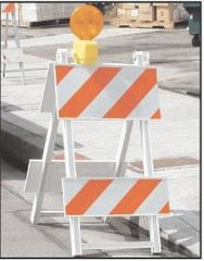 "Barricade, Traffic 24"""