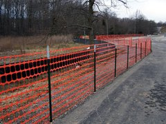Fence, Safety 50' w/ 5 T-Post
