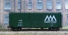 KADEE HO #5222 VERMONT RAILWAY #445 40' PS-1 BOXCAR