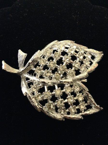 Silvertone Rhinestone Leaf Brooch