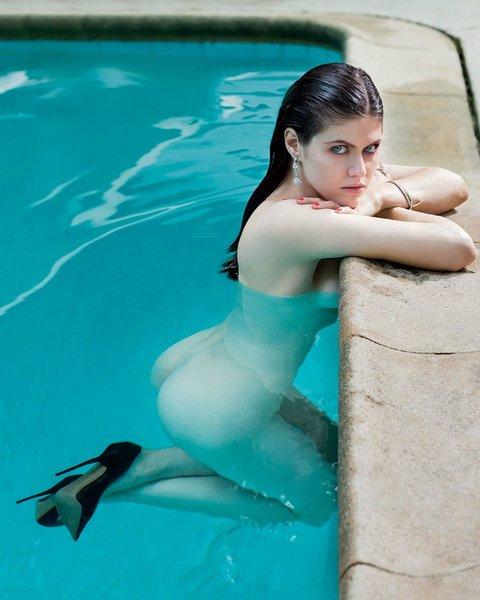 Alexandra Daddario 4