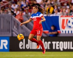 Alex Morgan 12