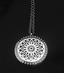 Diffuser Locket for Essential Oils Flower Design