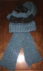 Scarf and Hat, Knit, Turquoise Tweed with black band