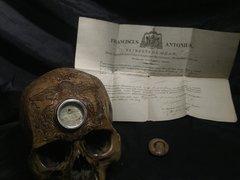 Relic Class Carved Skull - Saint Clare de Montefalco