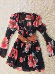 Floral Dress w Belt