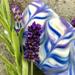 (I) Lavender Blue Soap scented with French lavendin essential oil - grosso