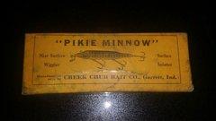 SOLD!! Creek Chub Intro Pikie Box RARE!