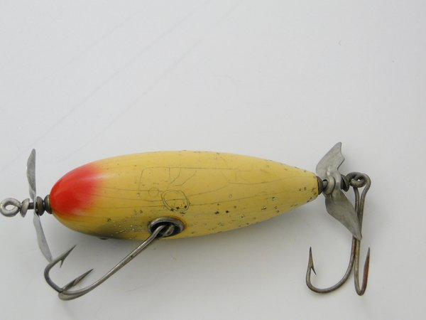 Creek chub rare old antique vintage wood fishing lures for Most expensive fishing reel