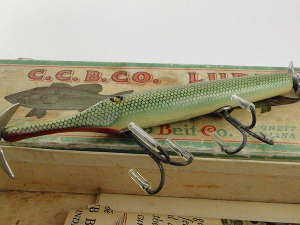Creek chub gar old antique vintage wood fishing lures for Gar fishing lures