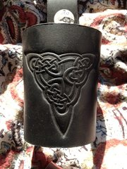 Horn Holster - Celtic & Norse Knots (5)