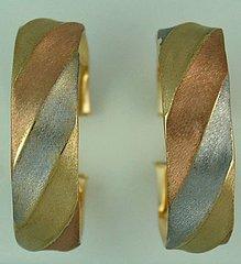 Ladies Tri-Color Hoop Earrings