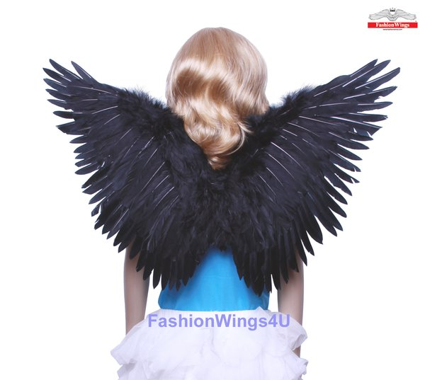 Angel of Fantasy, Medium2, Black feather wings