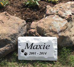 "Personalized Pet Memorial Headstone Grave Marker for cats and dogs. 9"" x 15"" Chiseled Style Block. Engraved. Cast Stone"