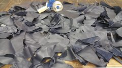 leather scraps in a 3-4 oz. weight (nice big piece's) Navy Blue