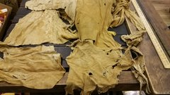 DEER HIDE SMALL HIDES AND PEACES SMOKE COLOR SUEDE