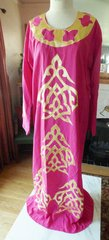 Pink Long Sleeved Caftan With Gold Applique