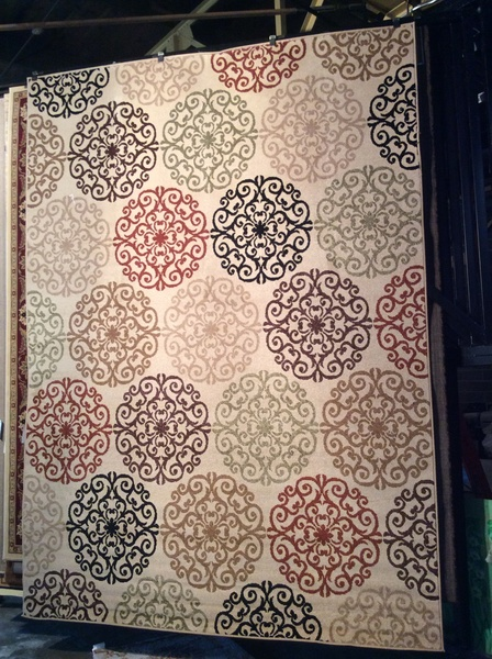 Neutral toned transitional 8x11 machine made rug.sold out