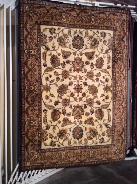 Creme and cranberry persian design 5x8 machine made rug