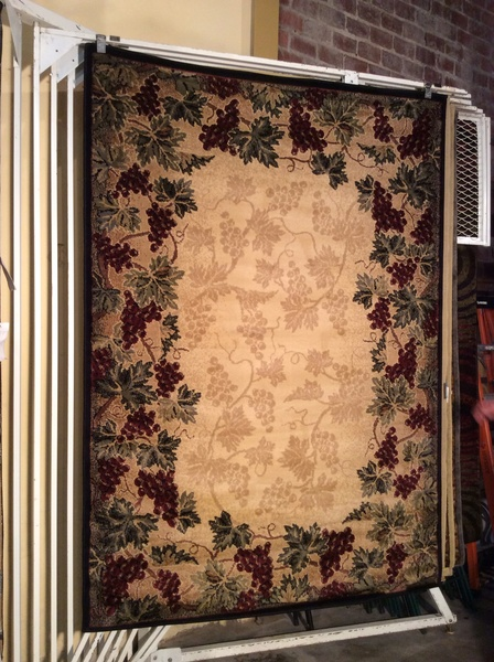 Grapes and leaves design 5x8 machine-made rug.sold out