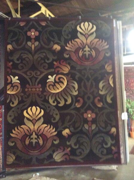 Magnolia design 8x11 machine made rug