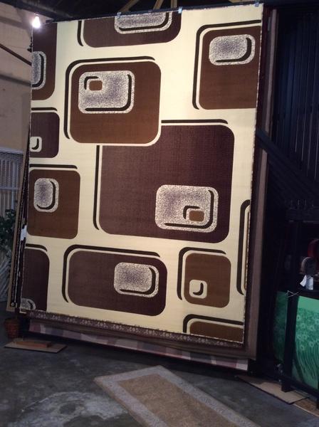 Creme Squares Rug 8x11 machinemade