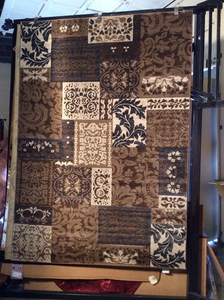 Classics 5x8 machine made rug