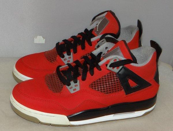 Air Jordan 4 Toro Size 6.5 528896 153 #4606
