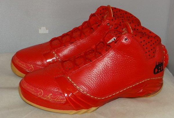 New, Tried On Air Jordan XX3 Chicago SIZE 10.5 811645-650 #4628