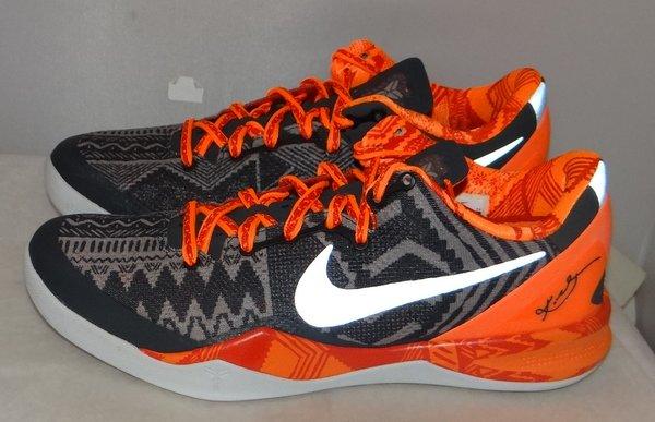 New Kobe 8 BHM Size 10.5 #4537 583112 001