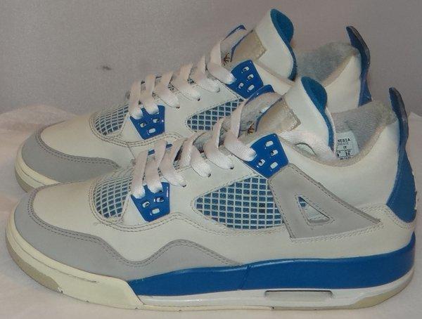 Air Jordan 4 Military Blue Size 5.5 #3432