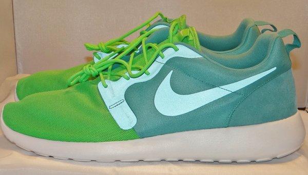 Brand New Nike Sport Turquoise Roshe Size 14 #212