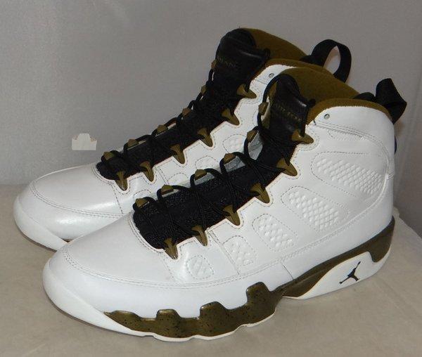 Air Jordan 9 Statue Size 11 302370 109 #4613