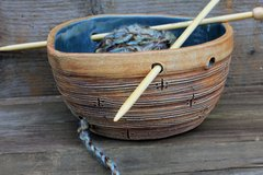 Boat yarn bowl
