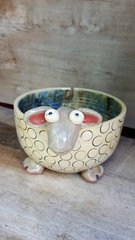 Polka dot yarn bowl