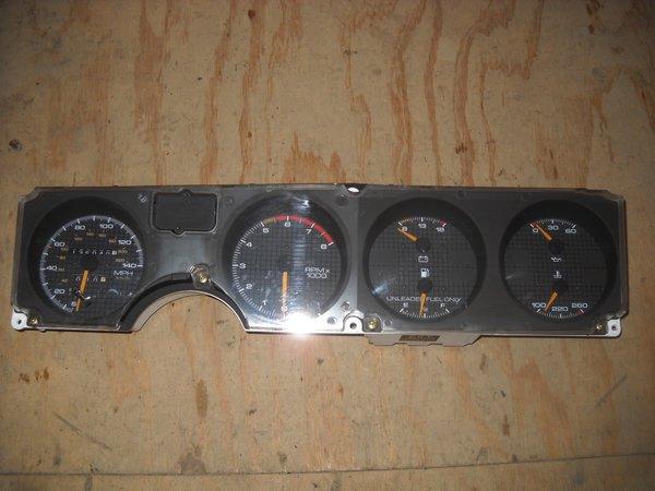 Gauge Cluster 140 Mph For V8 Engines 87 92 Firebird