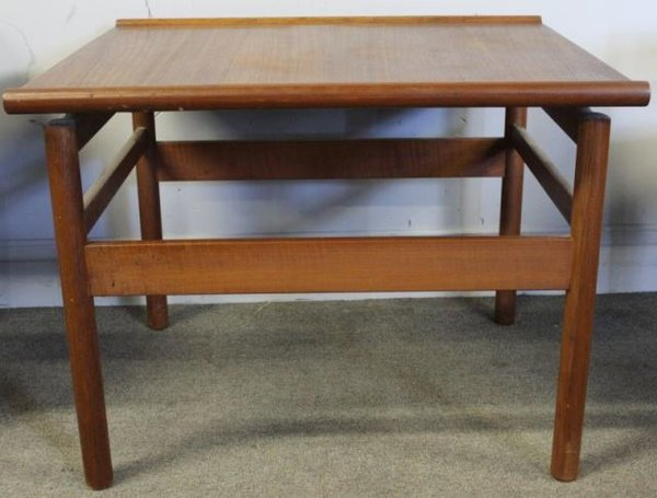 Mid-Century / Danish Style from Norway, Brode Blindheim End Table