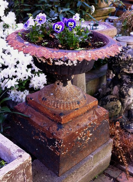 Cast Iron Pedestal Planter