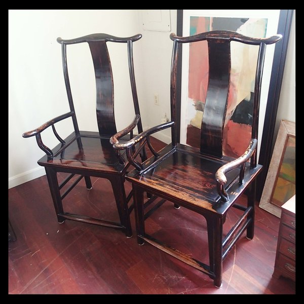 Chinese Qing Dynasty Antique Pair of Lacquered Rosewood Chairs