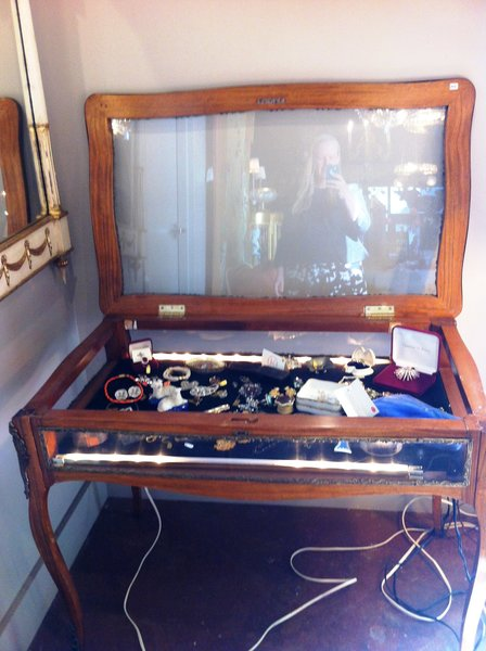 French Louis XVI Display Case with Top-Opening Glass Door and Full Glass Panels