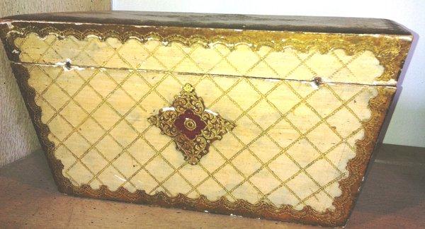Italian Venetian Wood and Gilt Painted Tea Casket