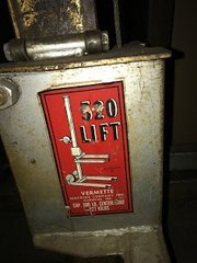 Used Verrette 520 Lift