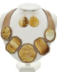 Natural Acrylic Leatherette Necklace Set