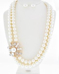 Statement Pearls