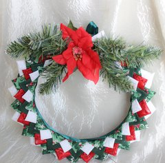 Red, white & green Christmas wreath!